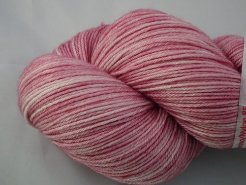 Pale Salmon Superwash Merino/Nylon Sock Yarn